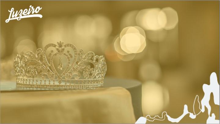 Quem foi Ester: coroa sobre a mesa